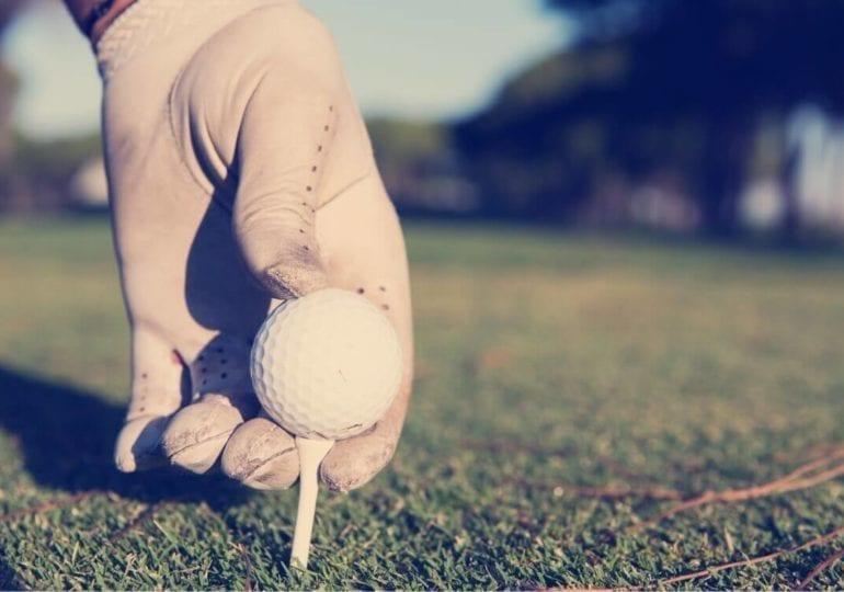 Schläger, Ball und gute Laune – was Sie für eine gute Runde Golf brauchen
