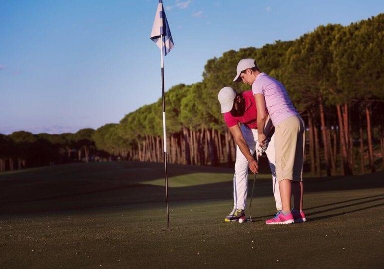 """""""Golf-Knigge"""": Der Weg zur Platzreife"""