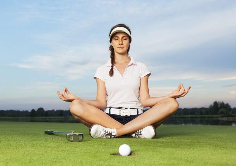 Golf und Yoga: Die Kombination für starken Körper und Geist auf dem Grün