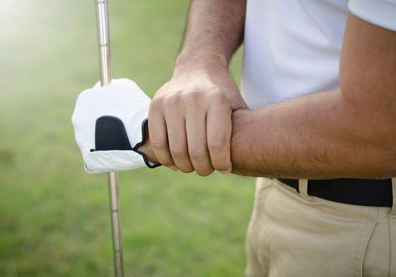 Das Golfer-Handgelenk: Wie beuge ich Schmerzen vor?