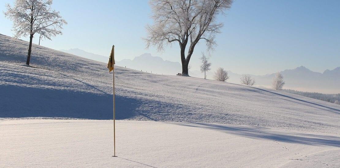 Greenkeeping bei Minusgraden: Wie überlebt ein Golfplatz den Winter?
