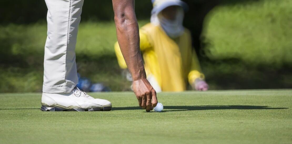 Die Rituale der Golfprofis #1: Der Ballmarker als Glücksbringer