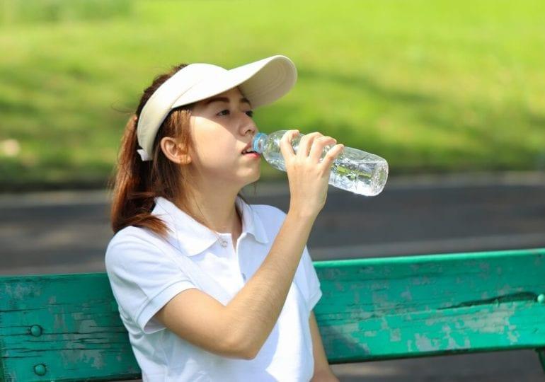 Golf und Ernährung #11: Was und wie viel sollte ich auf der Runde trinken?