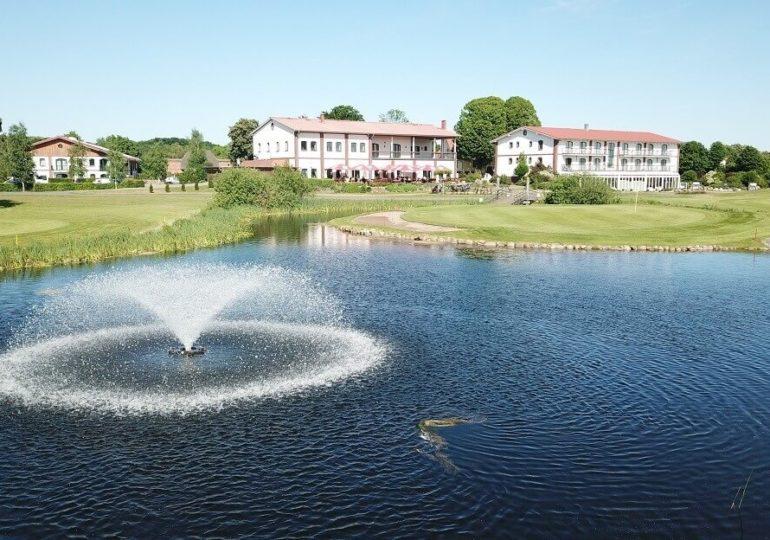 Golfpark Strelasund: Ortskunde, Footgolf und salzige Meeresluft auf der Runde