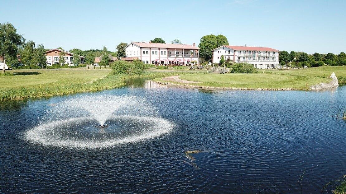 Das Clubhaus des Golfpark Strelasund
