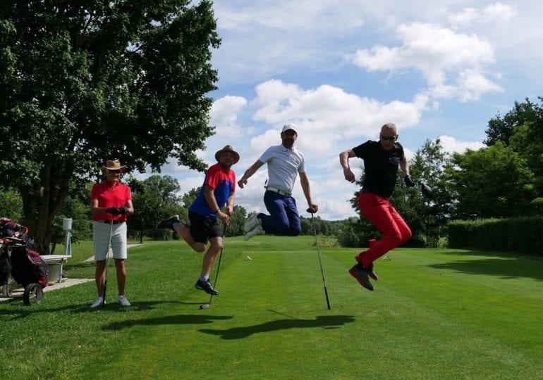 Endlich wieder Golfen: Gastronomen spielen elfte Golf-WM in Bad Griesbach